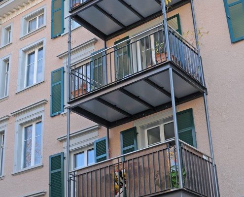 MFH Davidstrasse Balkone